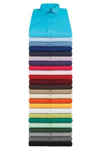 Hemden in verschiedenen Farben