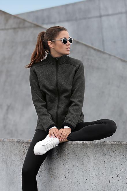 Berufsbekleidung Fitnessstudio Strickfleece-Jacke MONTANA aus der Nimbus Play Kollektion für Damen in Dark Grey Melange