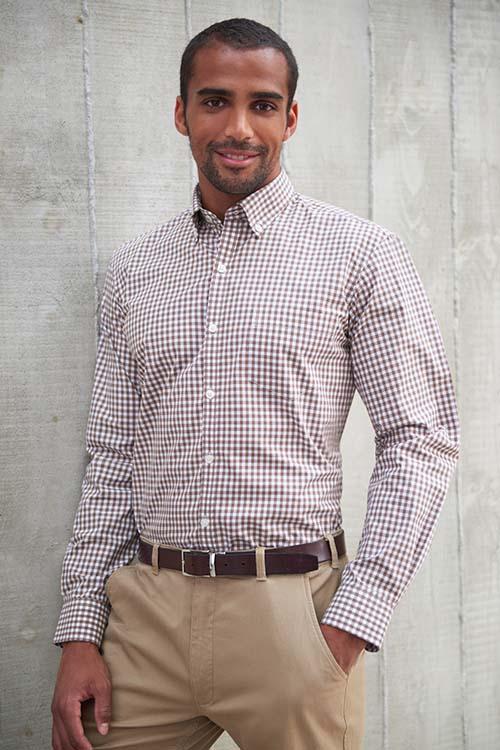Hemd und Bluse mit Stickerei braun-weiß-kariertes Hemd