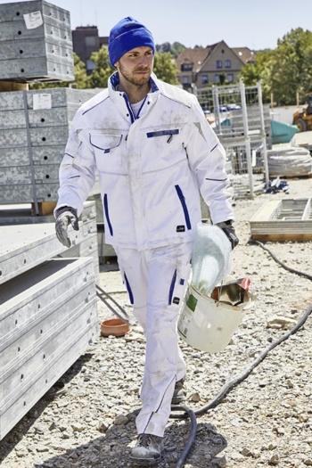 Arbeitskleidung Baustelle Softshell Jacke JN853 und Arbeitshose JN847 in weiß blau mit blauer Mütze MB7551