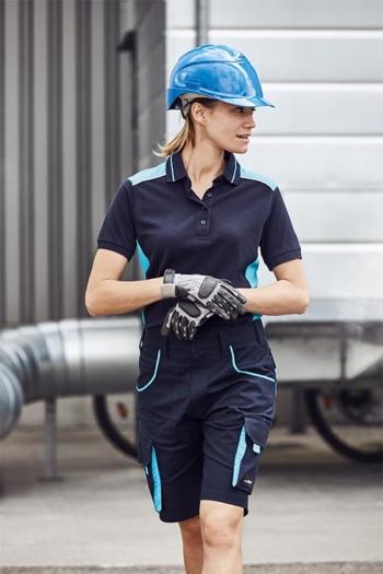 Arbeitskleidung Baustelle Poloshirt JN857 und Bermuda JN872 in marine türkis