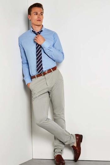 Hemden und Blusen besticken lassen langärmeliges hellblaues Hemd KK184
