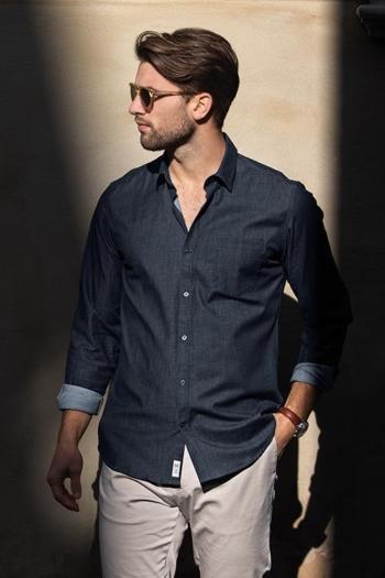 Hemden und Blusen RAW AND STYLISH DENIM SHIRT Torrance in blue