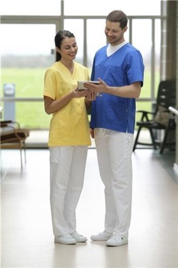 Berufsbekleidung Labor Charisma Premium Damenkasack in gelb und Unisex Schlupfkasack in blau