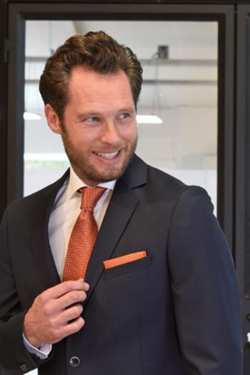 Krawatten und Halstücher gemusterte Seiden Krawatte JB1104 und Seiden Einstecktuch JBP5013 in orange
