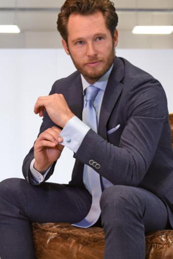 Krawatten und Halstücher Seiden Krawatte Repp JB5021 und Seiden Einstecktuch JBP5021 in hellblau